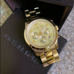 Michael Kors watch with box, manual and links